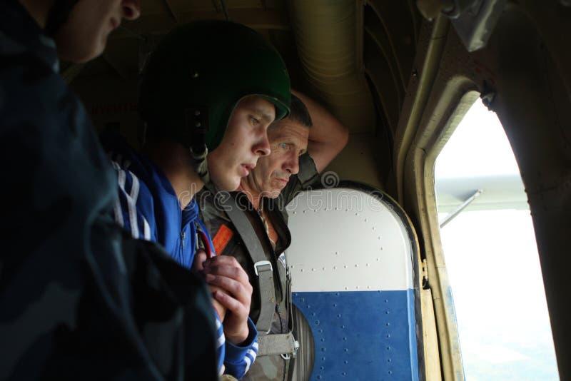 Paracaidistas de la preparación fotos de archivo libres de regalías