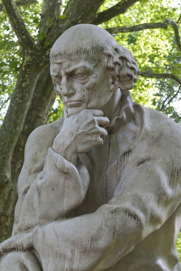 Paracelsus monument i Salzburg arkivfoton