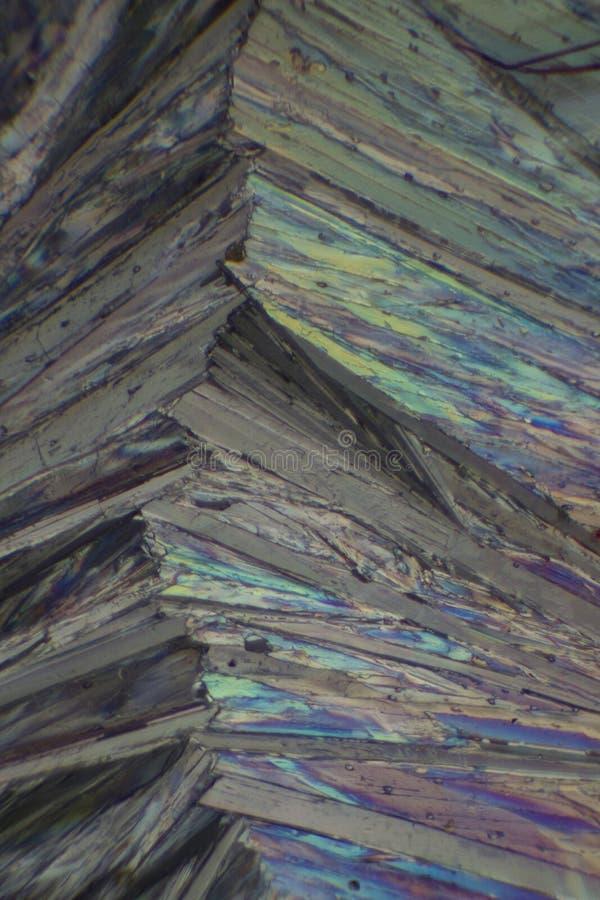 Paracetamol debajo del microscopio imágenes de archivo libres de regalías