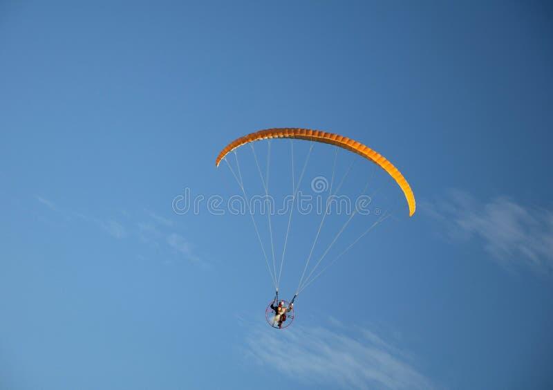 parachute royaltyfria foton