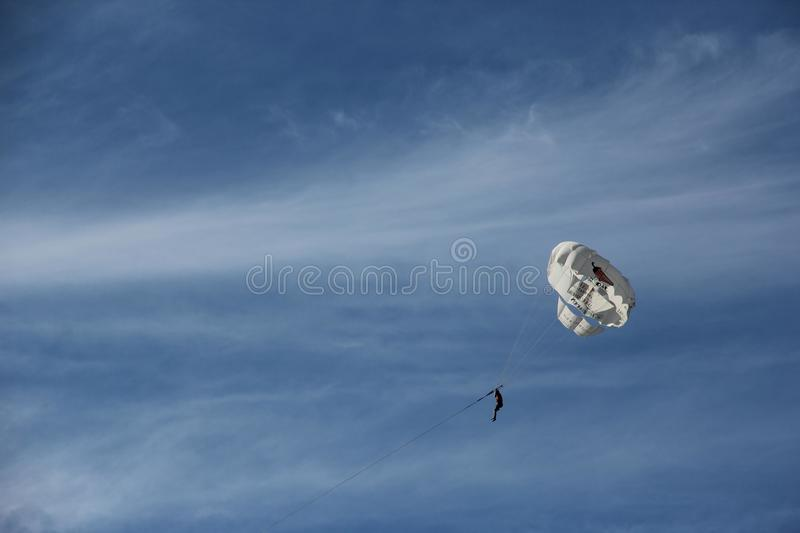 Parachute ascensionnel image libre de droits