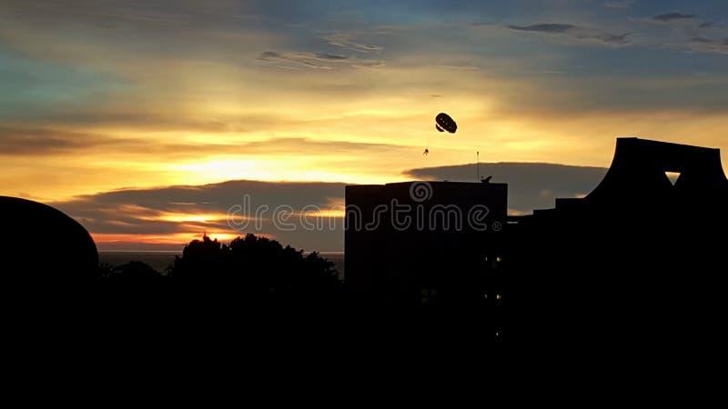 Parachute ascensionnel photo stock