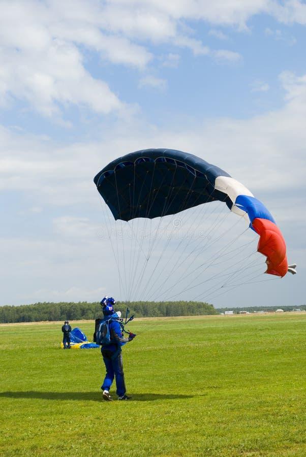 Parachuter lizenzfreies stockbild