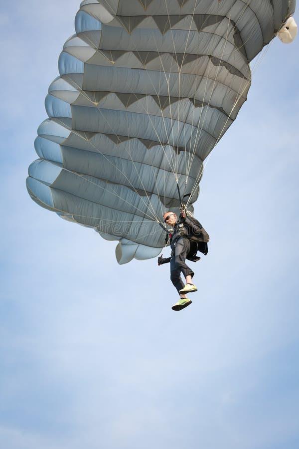parachutist royalty-vrije stock afbeeldingen