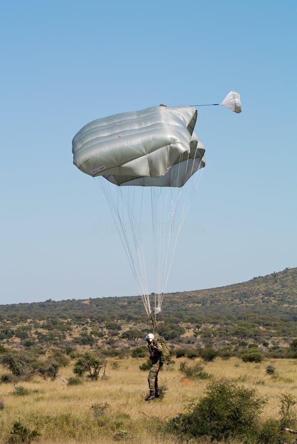 Parachutiste chez Roodewal image stock