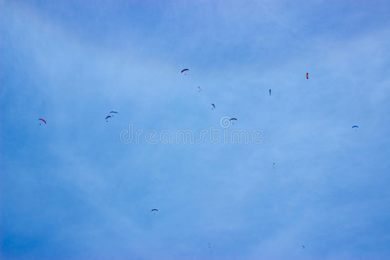 parachutistes photos stock