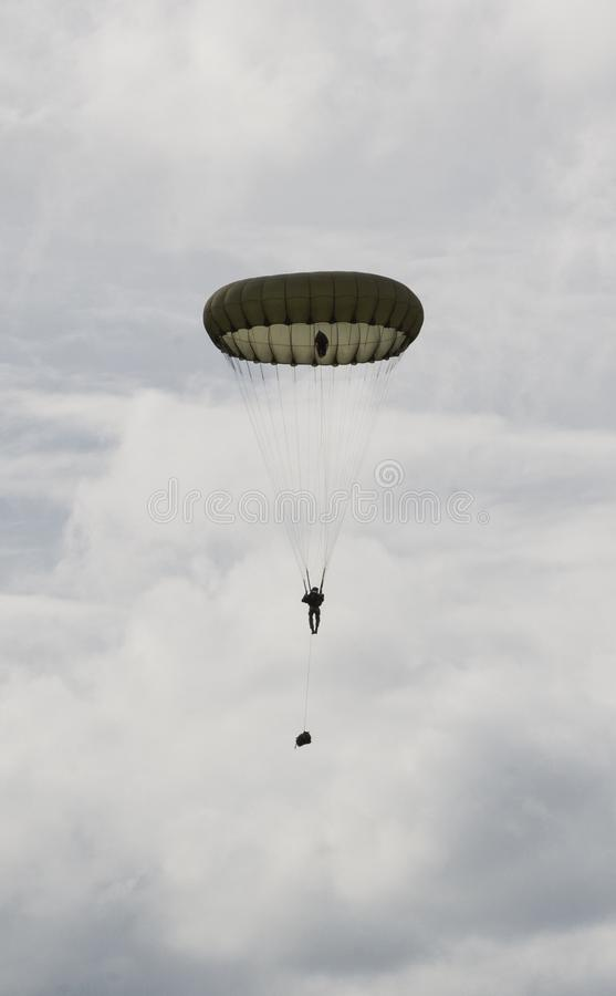parachutists fotos de stock royalty free