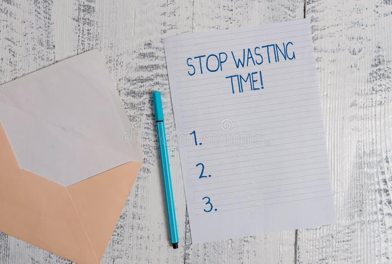 Parada conceptual de la demostraci?n de la escritura de la mano que pierde tiempo Foto del negocio que muestra aconsejando la dem fotografía de archivo