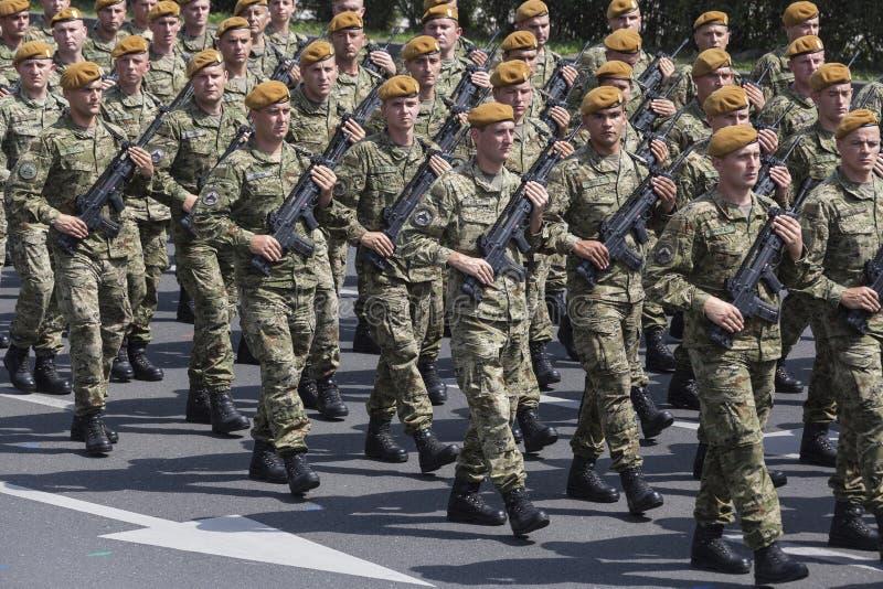 Parada croata do exército foto de stock