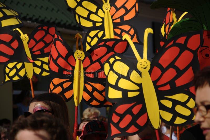 Parada da abertura - borboletas de papel fotografia de stock