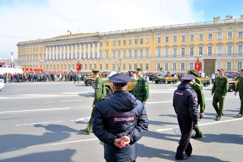 Parada da vitória em St Petersburg fotografia de stock