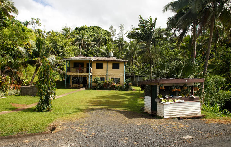 Parada de la fruta cerca del camino, Viti Levu, Fiji imagen de archivo