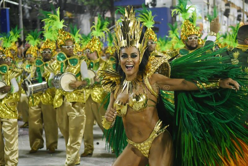 Parada de Samba Schools - carnaval 2018 fotos de stock