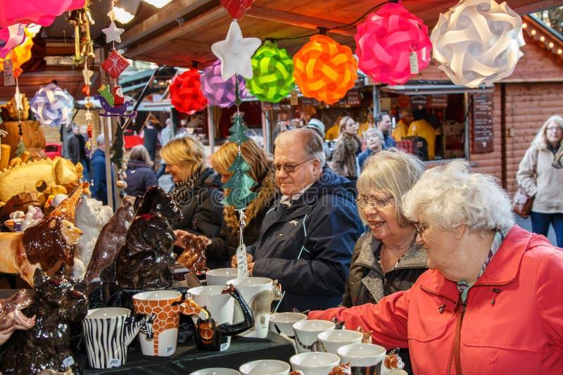 Parada del mercado de la Navidad - Manchester, Reino Unido fotos de archivo