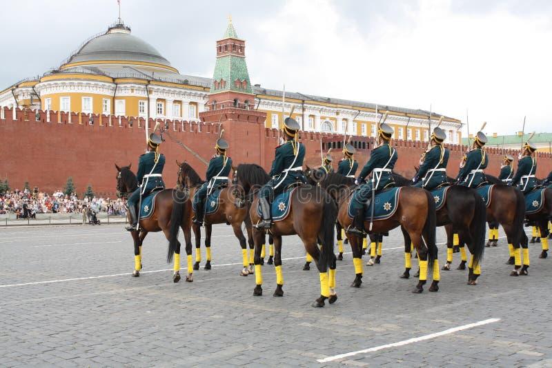Parada do cavalo no quadrado vermelho imagens de stock