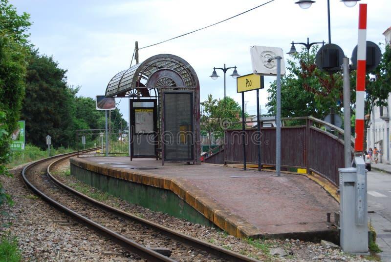 Parada do trem de Poo de Llanes fotografia de stock royalty free