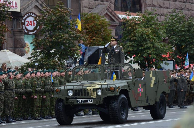 A parada em Kiev no dia da independência de Ucrânia o 24 de agosto de 2016 fotos de stock