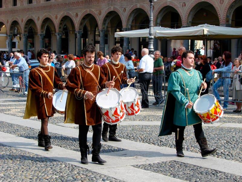 Parada histórica em Vigevano imagem de stock