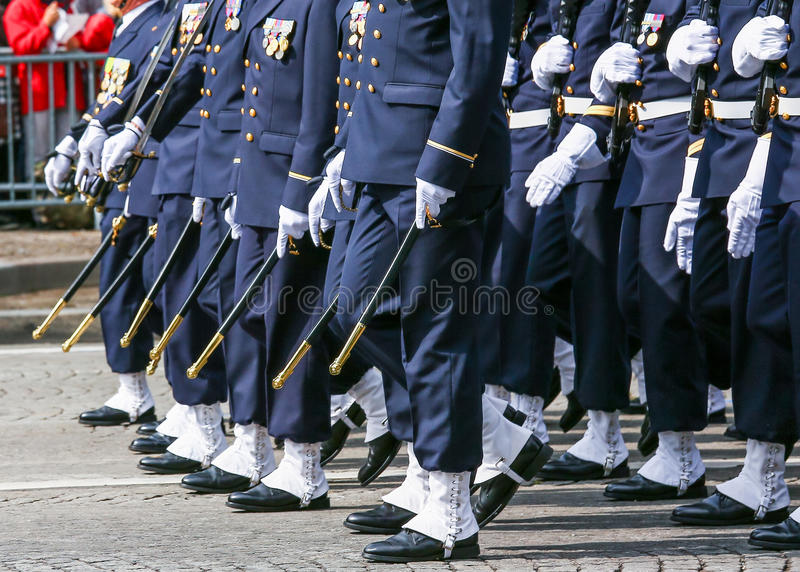 Parada militar durante o ceremonial fotos de stock royalty free