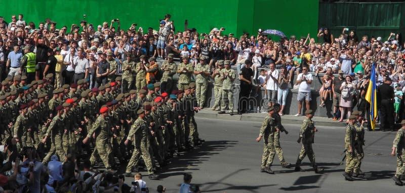 Parada militarny narzędzia w Kijów w Ukraina 2018 zdjęcia royalty free