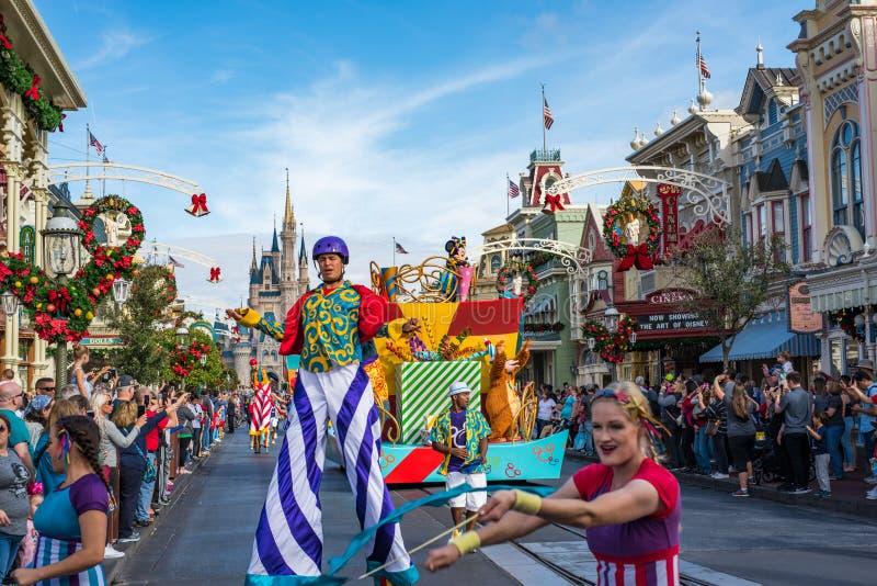 Parada w główna ulica usa przy Magicznym królestwem, Walt Disney świat zdjęcie stock