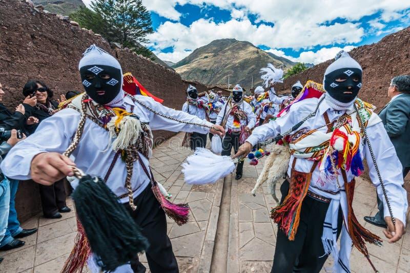 Parade peruanische Anden Pisac Peru Virgen Del Carmen lizenzfreie stockbilder