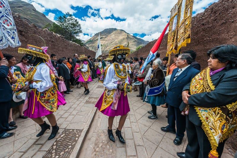Parade peruanische Anden Pisac Peru Virgen Del Carmen lizenzfreies stockbild