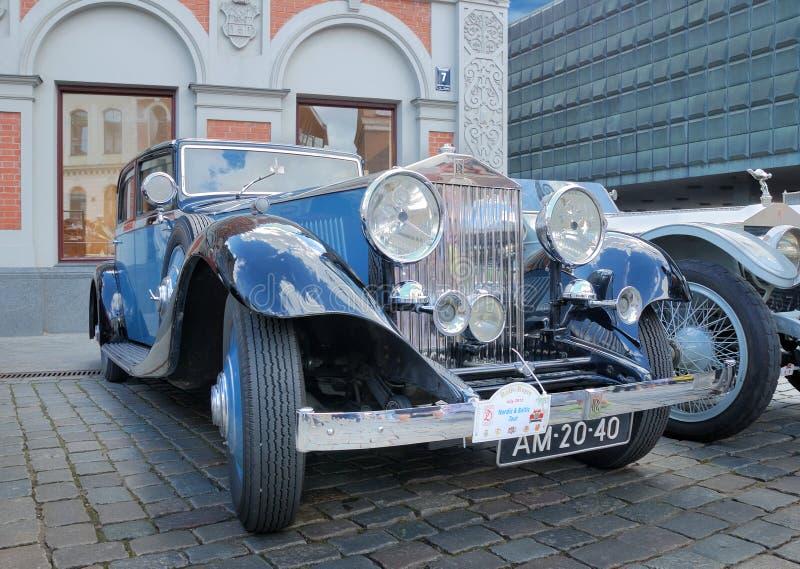 Parade Rolls Royce.