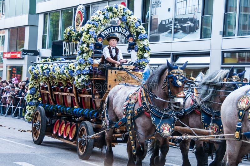Parade van de gastheren van Wiesn royalty-vrije stock foto