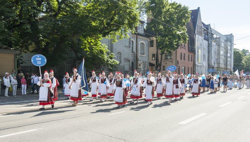 Parade van Estlands nationaal liedfestival in Tallinn, Estland royalty-vrije stock afbeelding