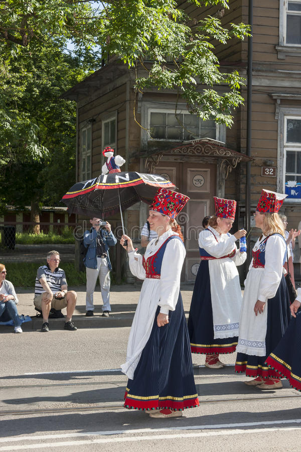 Parade van Estlands nationaal liedfestival in Tallinn, Estland royalty-vrije stock fotografie