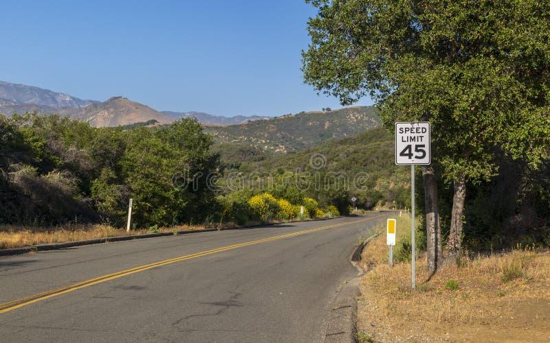 Paradise Road, Santa Barbara, Santa Ynez Mountains, California, los Estados Unidos de América, Norteamérica imágenes de archivo libres de regalías