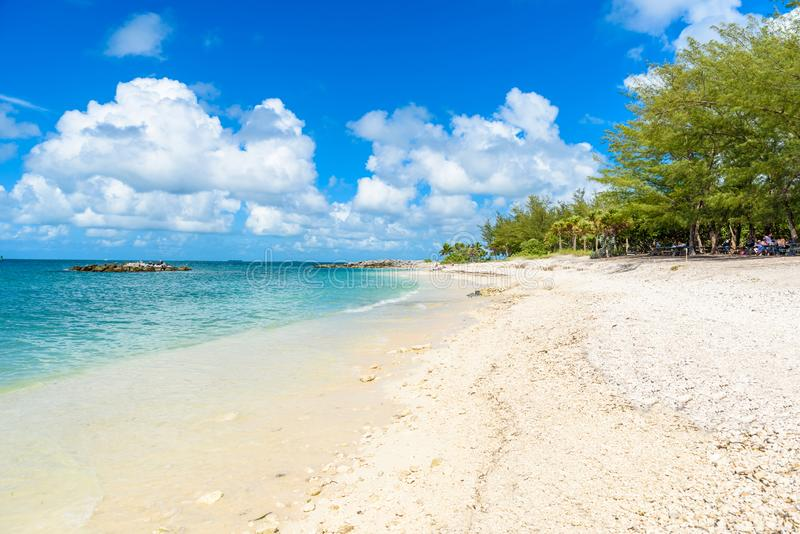 Paradise strand p? fortet Zachary Taylor Park, Key West delstatspark i Florida, USA arkivbild