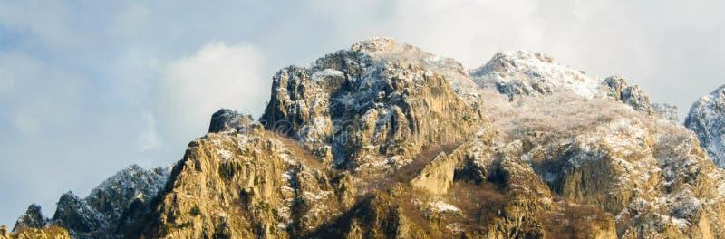 Paradisiacal ландшафт пиков албанских Альп, концепции - путешествующ, туризм, исследуя стоковое изображение