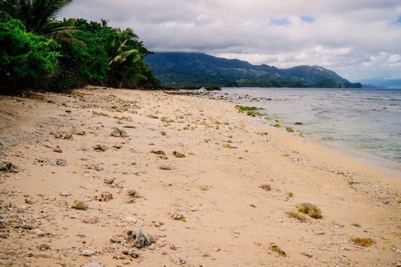 Paradiso della spiaggia a Puerto Galera di Orientale Mindoro Filippine immagini stock