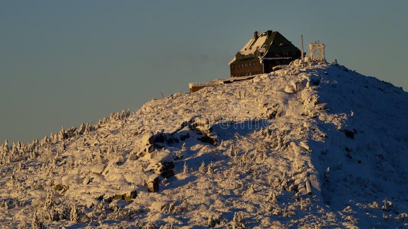Parador de la montaña de Szrenica en las montañas gigantes/Karkonosze fotos de archivo libres de regalías