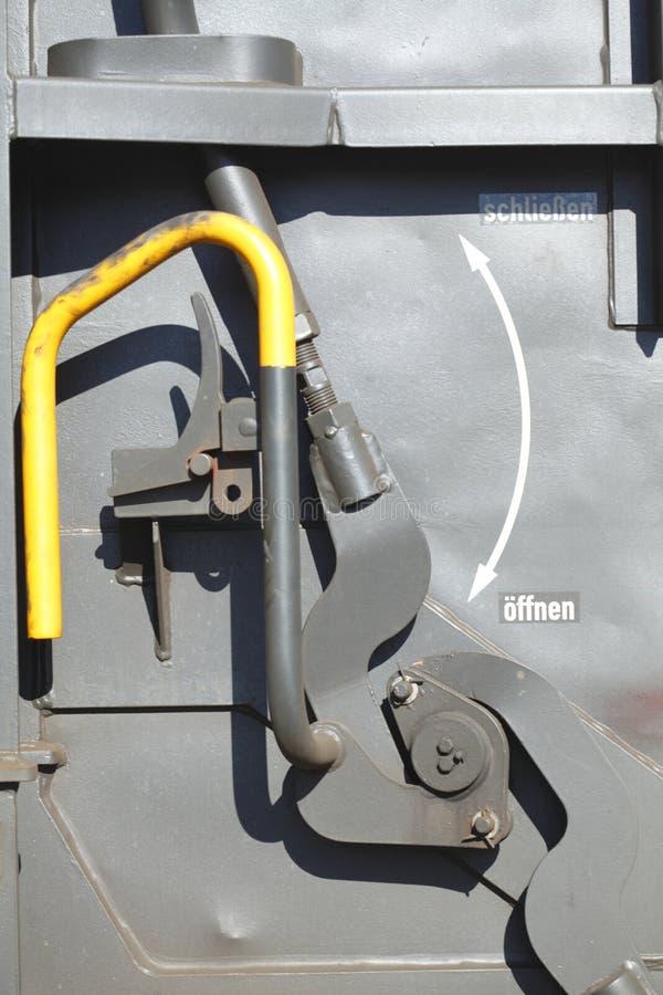 Parafuso de porta em um caminhão Railway fotografia de stock royalty free