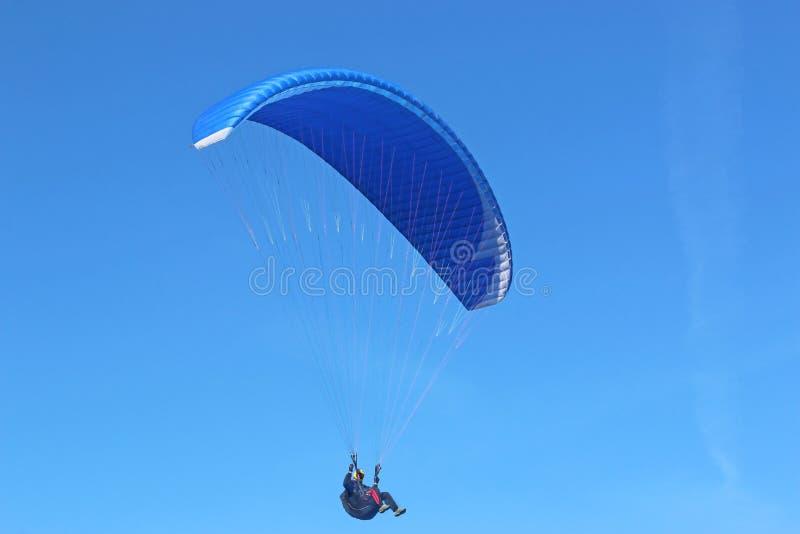 Paraglider latanie zdjęcie royalty free