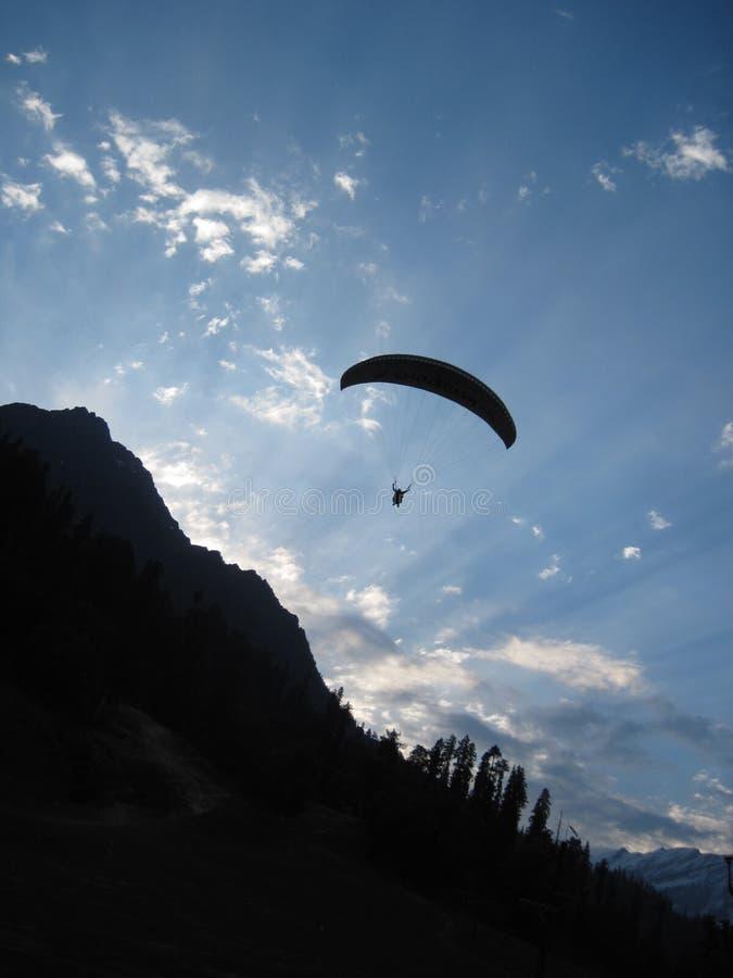Paragliding imagem de stock royalty free