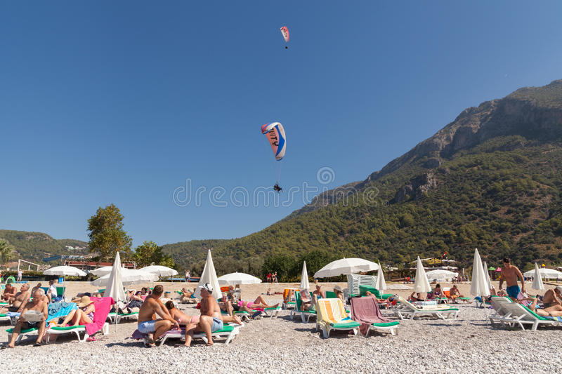 Download Paragliding  In Oludeniz Editorial Stock Photo - Image: 38694758