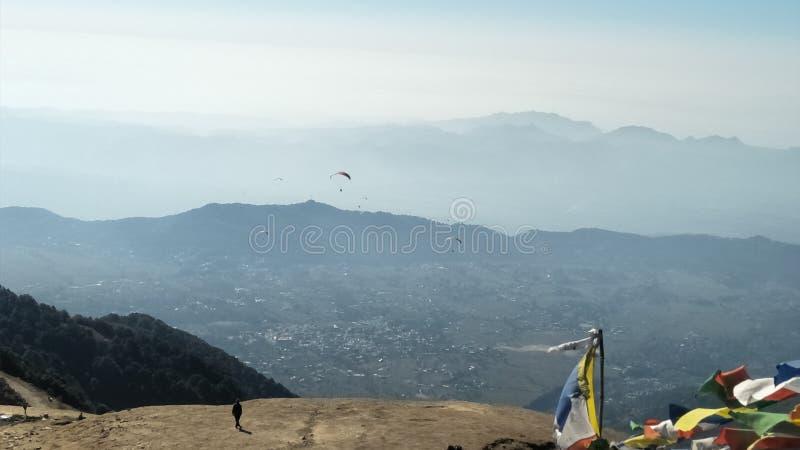 Paragliding pięknego miejsca naturalny piękno obrazy royalty free