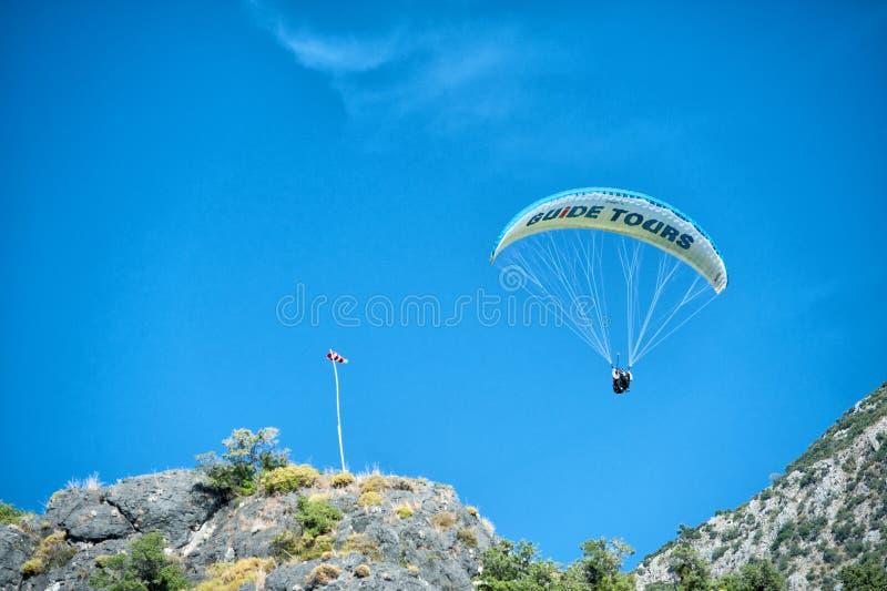 Paraglinding w oludeniz Turcja obrazy stock