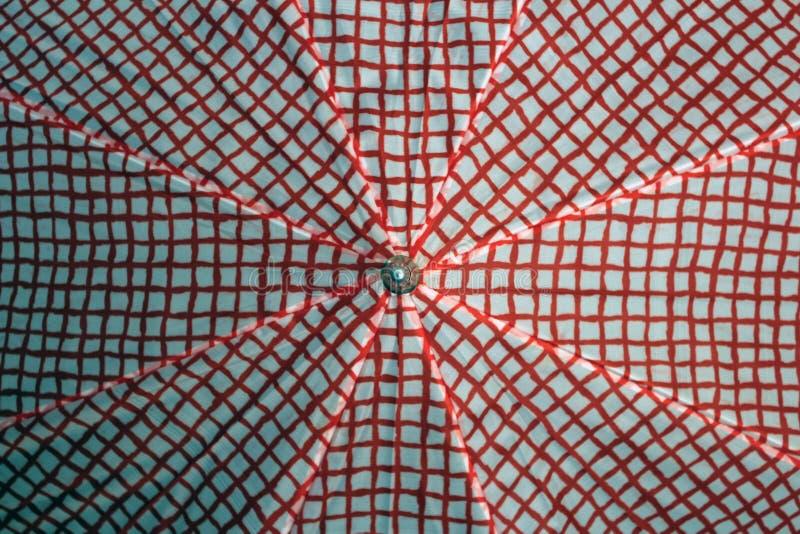 paraguas Rojo-blanco fotos de archivo