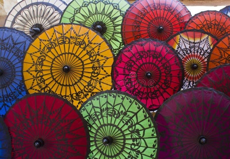 Paraguas típicos de Myanmar fotografía de archivo libre de regalías