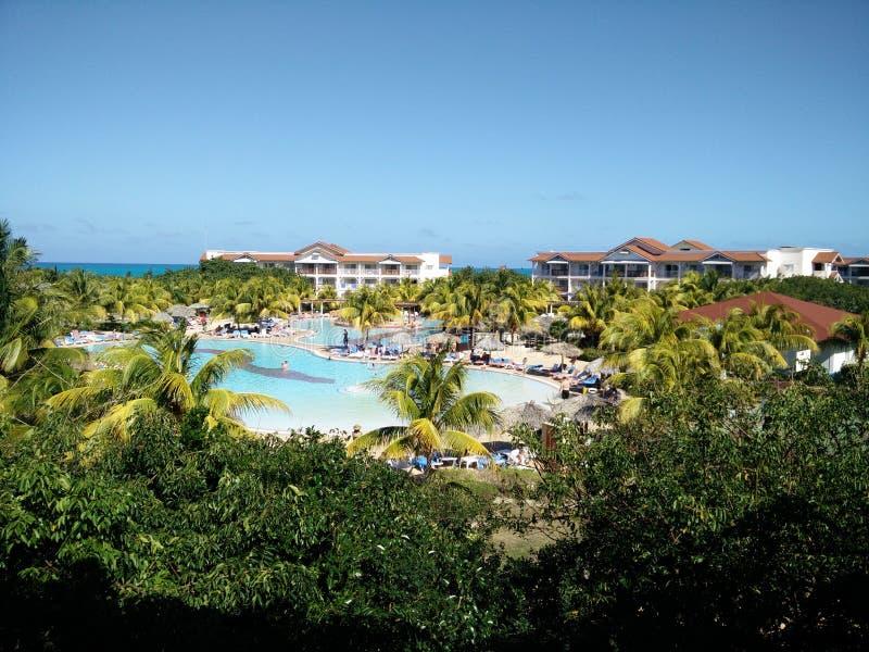 Paraiso de piscine de paysage d'hôtel du Cuba photo libre de droits