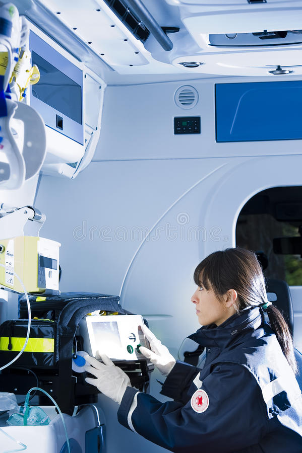 Paramedicus op het Werk stock afbeeldingen