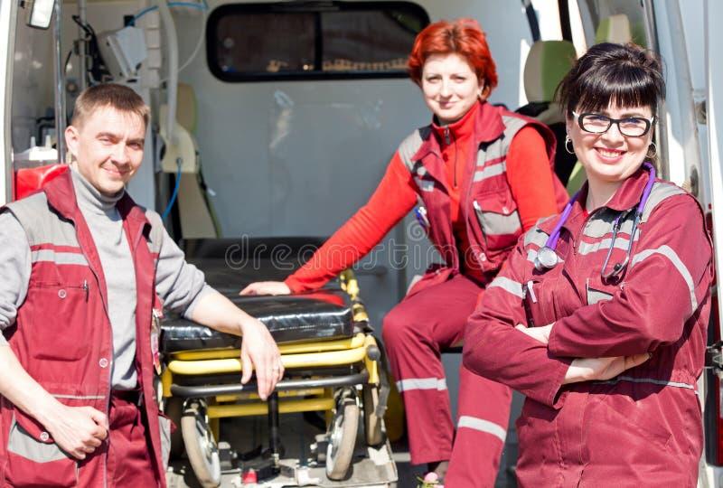 Paramedicus professioneel team stock foto's