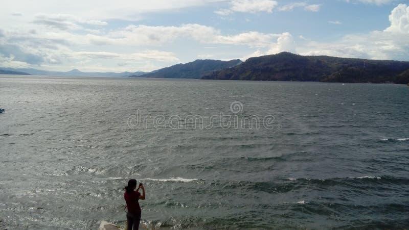 Parapat nel Sumatera del nort di toba del lago fotografia stock libera da diritti