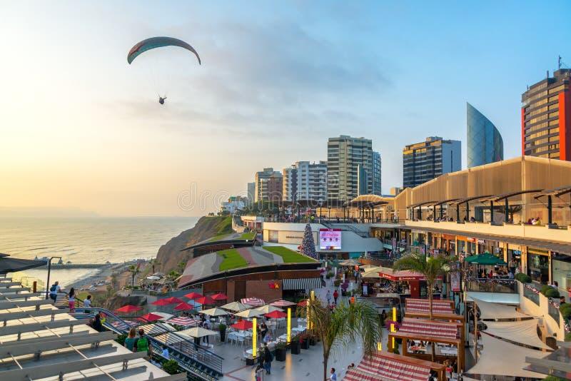 Parapentiste à Lima, Pérou image libre de droits