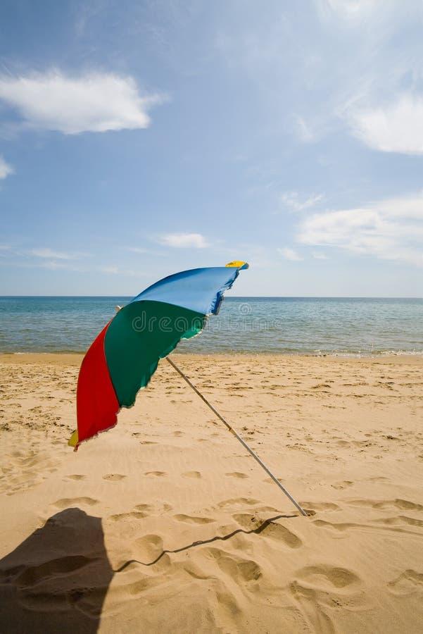 Paraplu & strand stock afbeeldingen